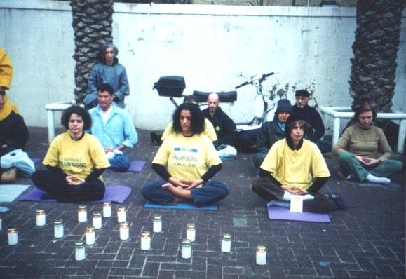 2002-1-25-isreal_candle-2